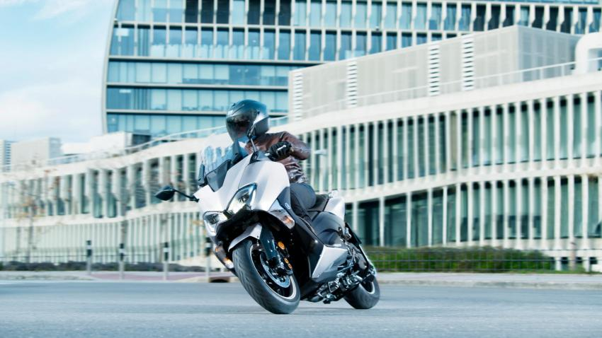 Suspensi Dan Pengereman Yamaha Tmax Dx